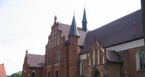 Sanktuarium maryjne w Gietrzwałdzie, fot. Bogitor (CC BY-SA 3.0)