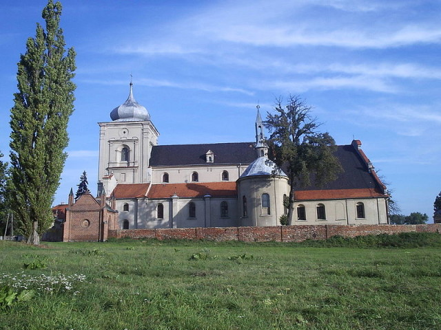 Sanktuarium Matki Boskiej na Zdzieżu - fot. Jan Jerszyński (CC BY-SA 2.5)