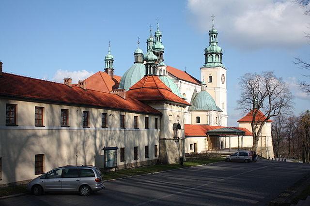 Bazylika Matki Bożej Anielskiej w Kalwarii Zebrzydowskiej, fot. Ludwig Schneider (CC BY-SA 3.0).