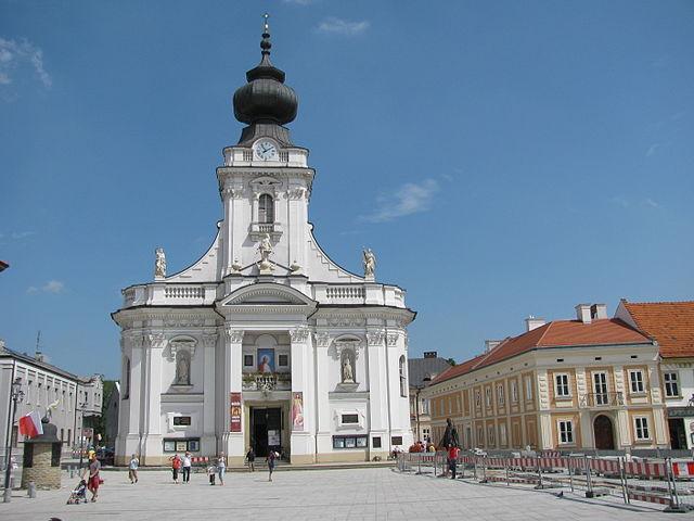 Bazylika Ofiarowania Najświętszej Maryi Panny w Wadowicach, fot. Mariusz Swornóg (CC-BY-SA-3.0-pl)