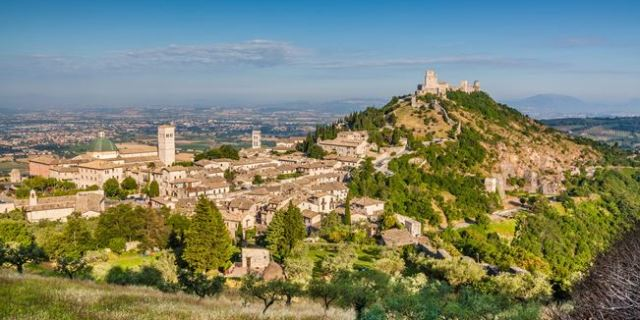 Widok na miasto Asyż, Umbria, Włochy.