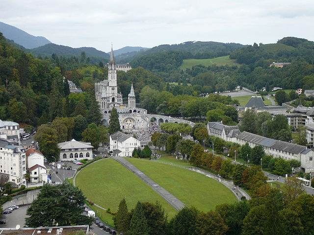 Sanktuarium Maryjne w Lourdes