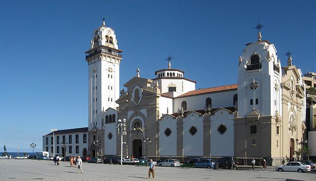 Bazylika i Królewskie Sanktuarium Maryjne Matki Bożej z Candelarii, fot. Mataparda (CC BY-SA 3.0)