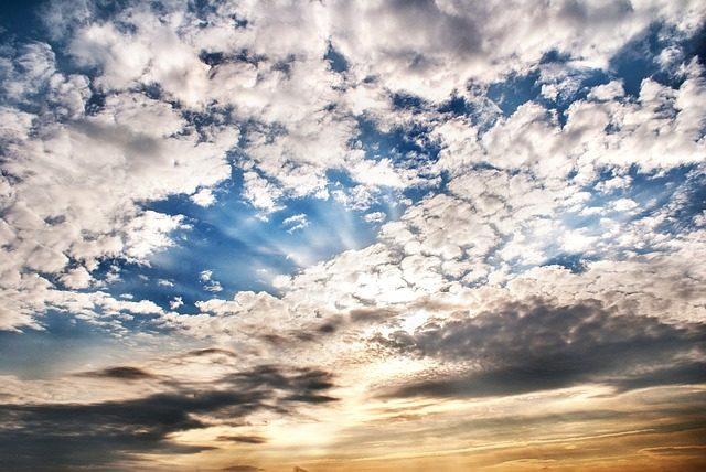 Biegnąca w niebo Maryjo